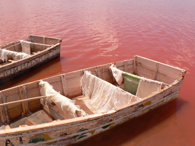 Lake Retba tones